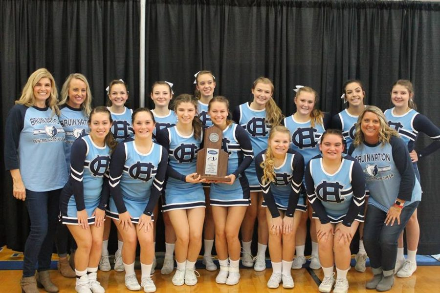 Cheerleaders advance to State