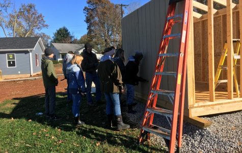 Beta Club volunteers with Habitat for Humanity