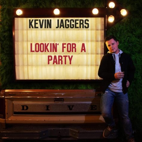 "Central Hardin Alumnus Kevin Jaggers has released a new single: ""Lookin"