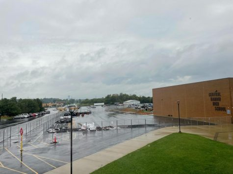 Central Hardin students and faculty have adapted to the parking lot inconveniences since the first day of school